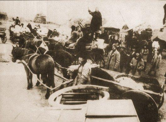 """Sprzedaż dobytku """"rozkułaczonego"""" Martynenki w Udacznej, obwód doniecki"""