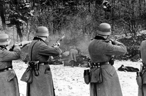 Rozstrzelanie Polaków w Bochni, 18 XII 1939 r. [ze zbiorów IPN].