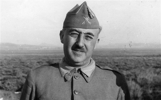 Generał Franco położył kres bestialstwom komunistów