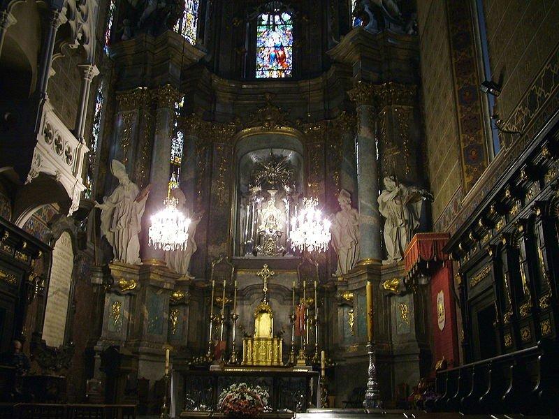 Wielki ołtarz w Katedrze Łacińskiej