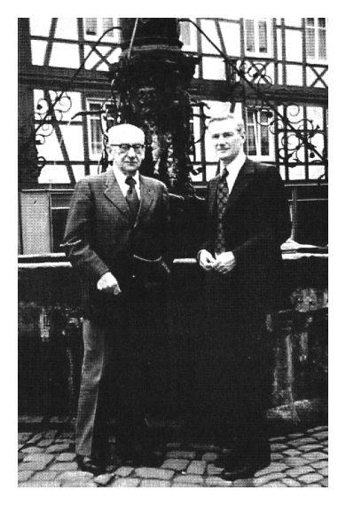 Józef Mackiewicz zJanem Pawłowskim podczas konferencji polsko-niemieckiej wLüneburgu, rok 1973. źr. tylkoprawda.akcja.pl