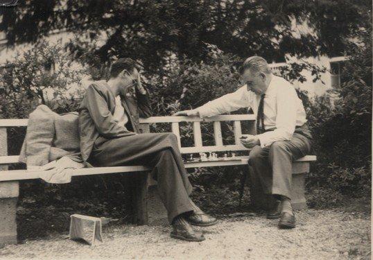 Józef Mackiewicz (z prawej) zMichałem Chmielowcem, Monachium 1961