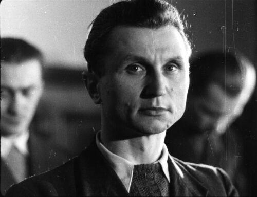 """Kpt. Stanisław Sojczyński """"Warszyc"""" przed Wojskowym Sądem Rejonowym w Łodzi"""