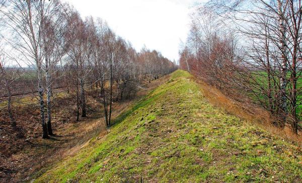 Pozostałości Żmijowych Wałów na Ukrainie