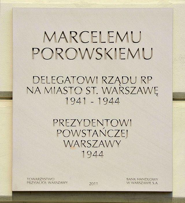 Tablica_Marceli_Porowski_Pałac_Jabłonowskich_w_Warszawie