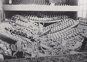 Skutki wybuchu w auli WSP w Opolu 6 X 1971 roku