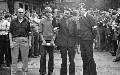 """""""Od początku było sterowane, a jak Wałęsę dostarczyli… """". Jak dwaj funkcjonariusze WSI rozmawiali o dostarczeniu Wałęsy motorówką na strajk w 1980"""