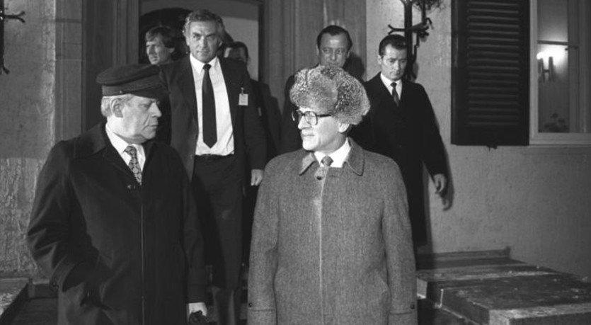 Schmidt z wizytą w NRD podczas spotkania z Honeckerem