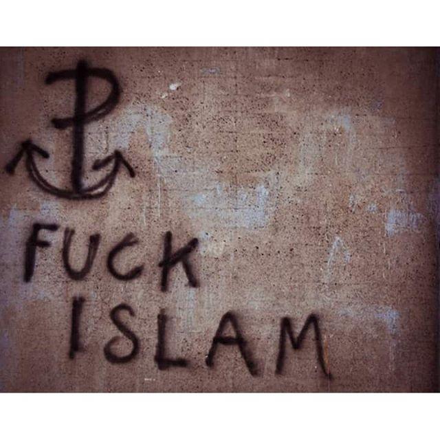 wygonić Żyda, wygonić Araba