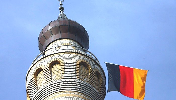 minaret w Niemczech