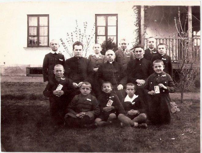x-h-osinski-1936-2-661x500.jpg
