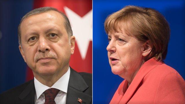 Turcy palą zdjęcie Merkel