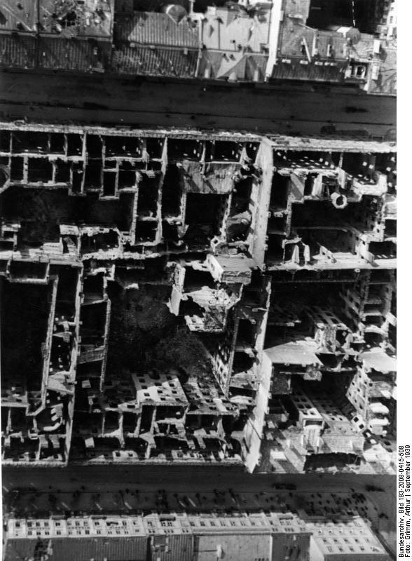 II. Weltkrieg 1939-45 Polen, Warschau, Ende Sept. 1939 Zerstörungen durch deutsche Luftangriffe Reproduktionsrechte durch Artur Grimm, Foto-Express